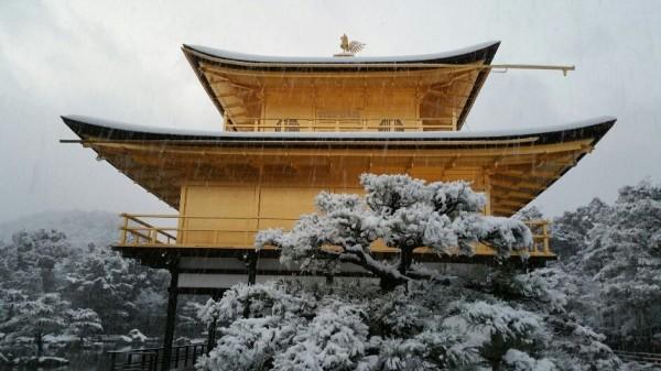 金閣寺 雪化粧 2017